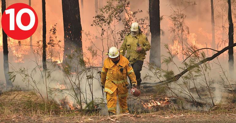10-must-770-australian bushfires-PETER PARKS AFP via Getty Images.jpg