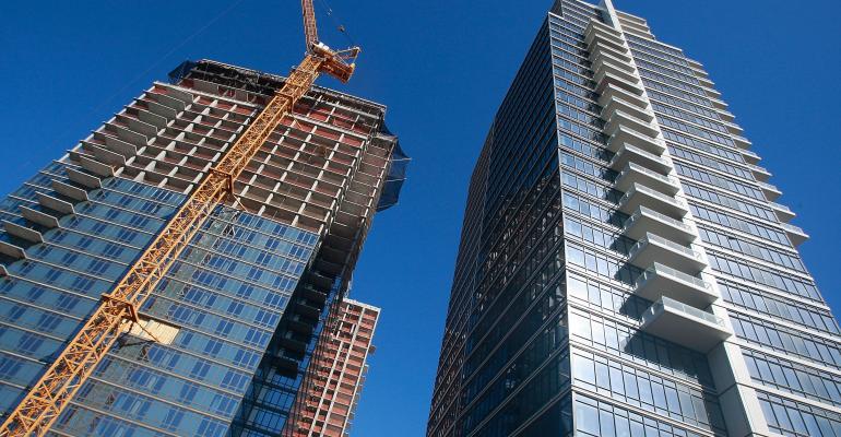 NYC-lux-condos-Mario-Tama_GettyImages-84831239.jpg