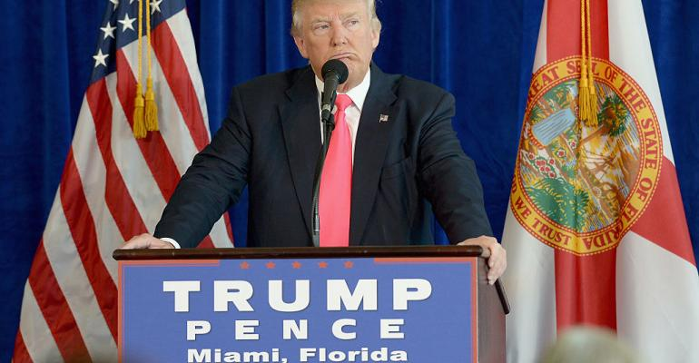 Trump Said to Propose Moratorium on New Financial Regulations