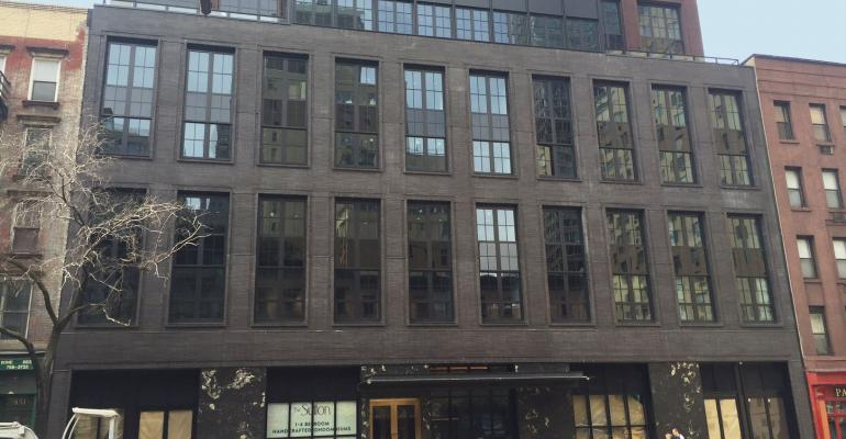 Manhattan's Luxury Real Estate Slowdown Is Spreading to Other Price Tiers