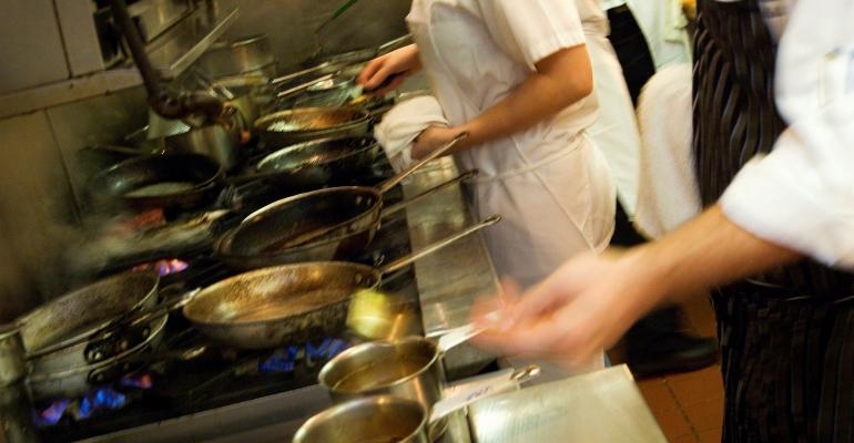 Mixed Restaurant Sales Hint at Tough Environment Ahead