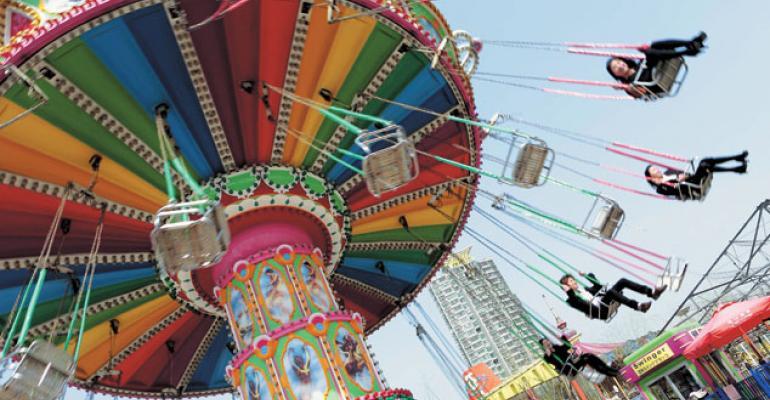 Wang's Theme-Park Bet More of a China Real Estate Gamble: Gadfly