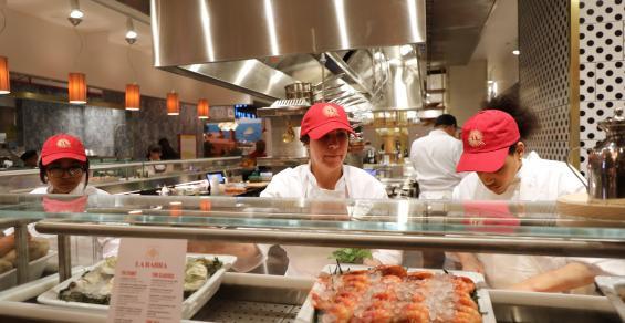 food hall-getty1138705286.jpg