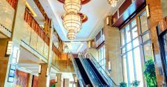hotel lobby lyxury-ts-168771220.jpg