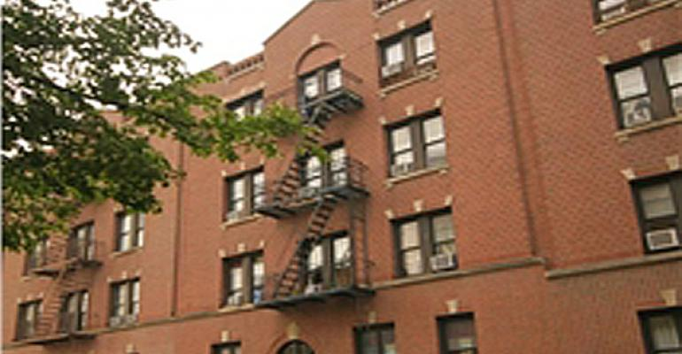 Private Investor Picks Up Queen Apartment Property for $3.2M