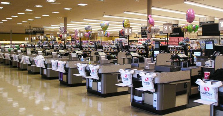 Analysts Encourage Kroger to Bid for Safeway