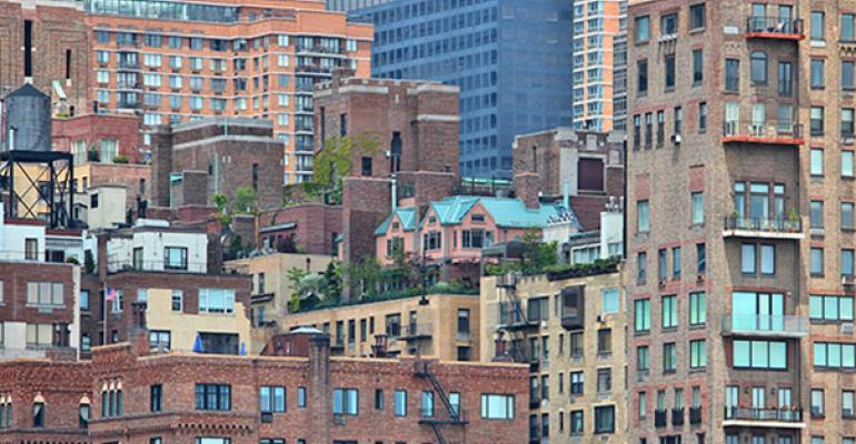 Manhattan Renters Score Record Incentives in Apartment Glut