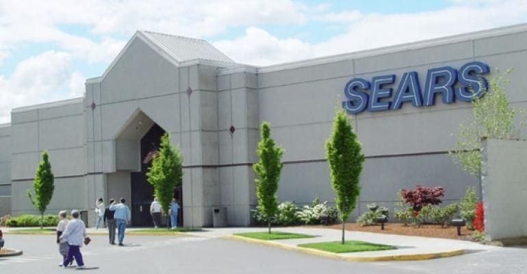 Sears Jumps After Lining Up $200 Million to Help Stay Afloat